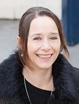 Portraitbild Evelyne Linder, Geschäftsführerin von Webelyne in Basel